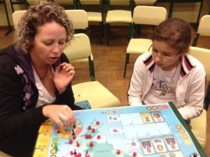 Participantes aprendem regras do jogo do ENP!