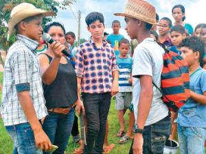 Escola Faixa Linda em Marabá: dramatização na rua